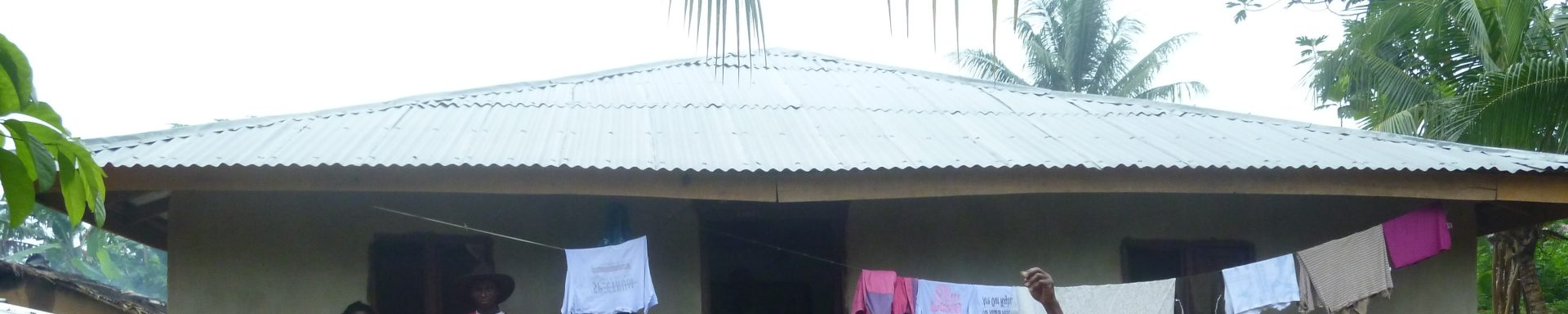 Vrouwen in traditionele kleding in Liberia