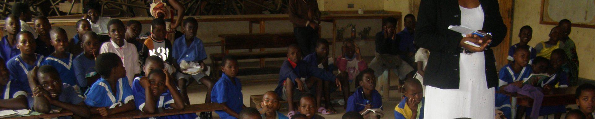 Onderzoek en behandeling slechtziende kinderen in Malawi