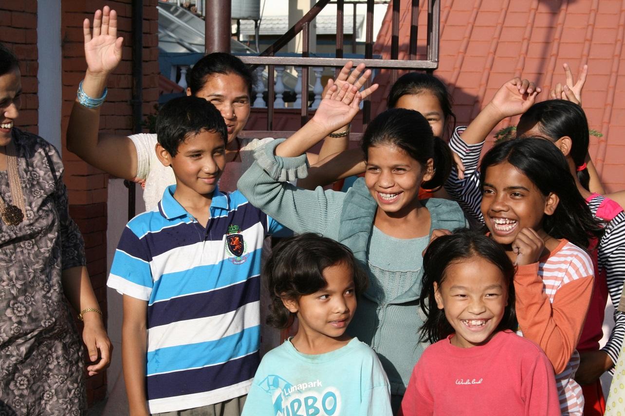 Kinderen met en zonder lepra