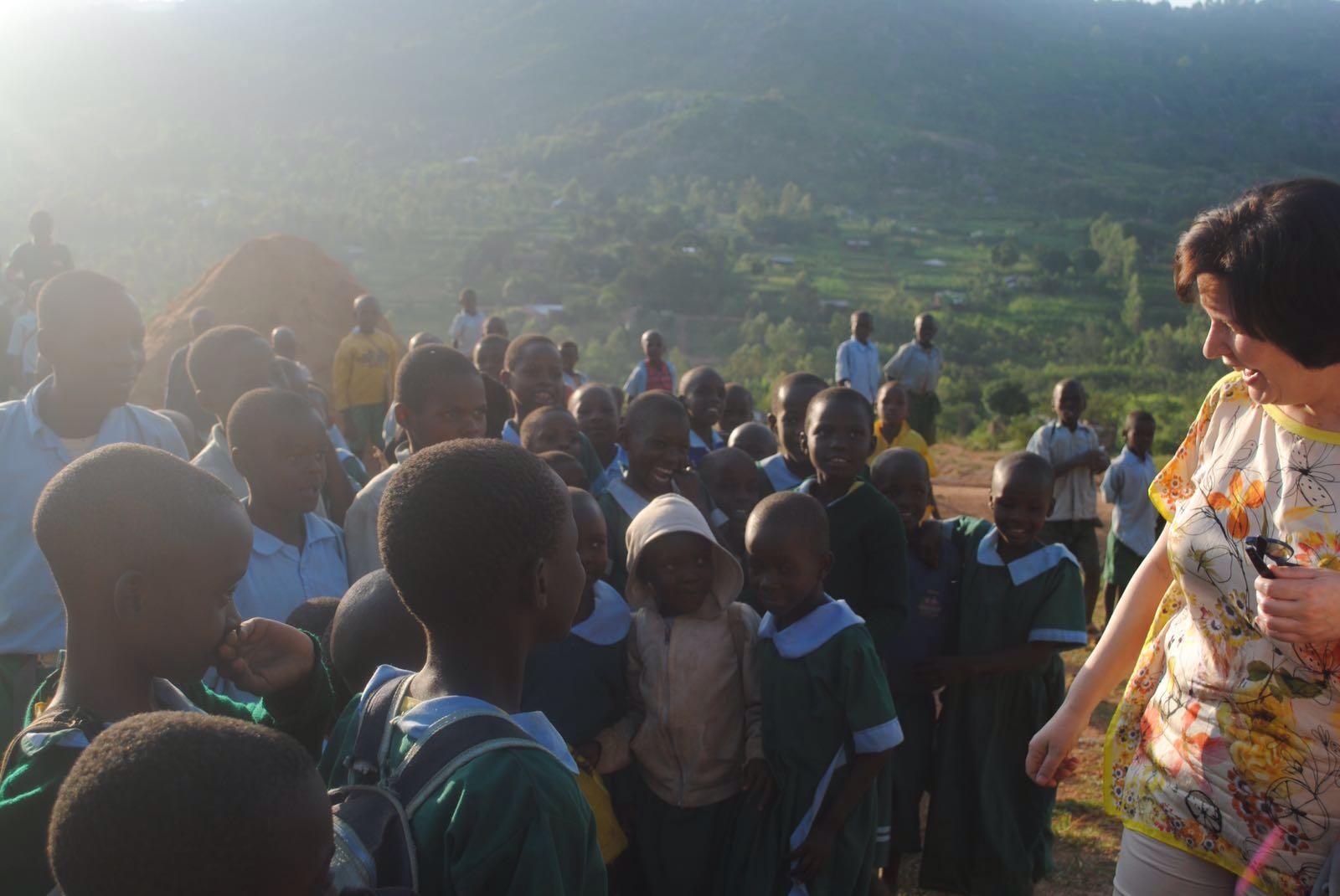 Tineke-groepkinderen-Kenia
