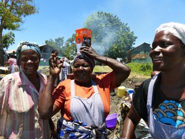 Vissersvrouwen in Kenia