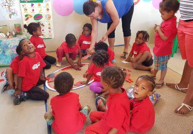 Kinderen op een crèche in Zuid Afrika.