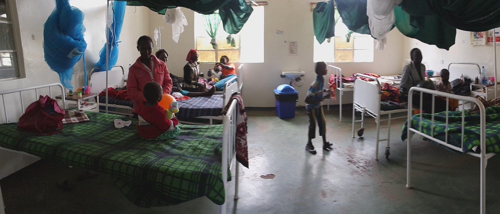 Bedden in het ziekenhuis in Kenia