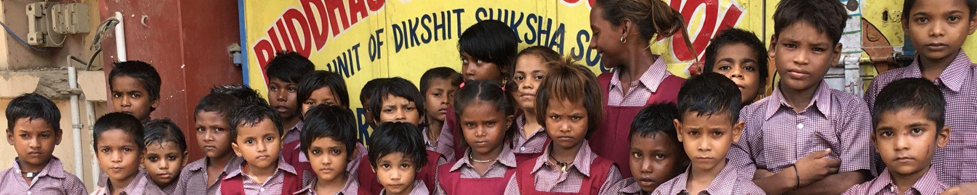 Een klas kinderen van een school in India.